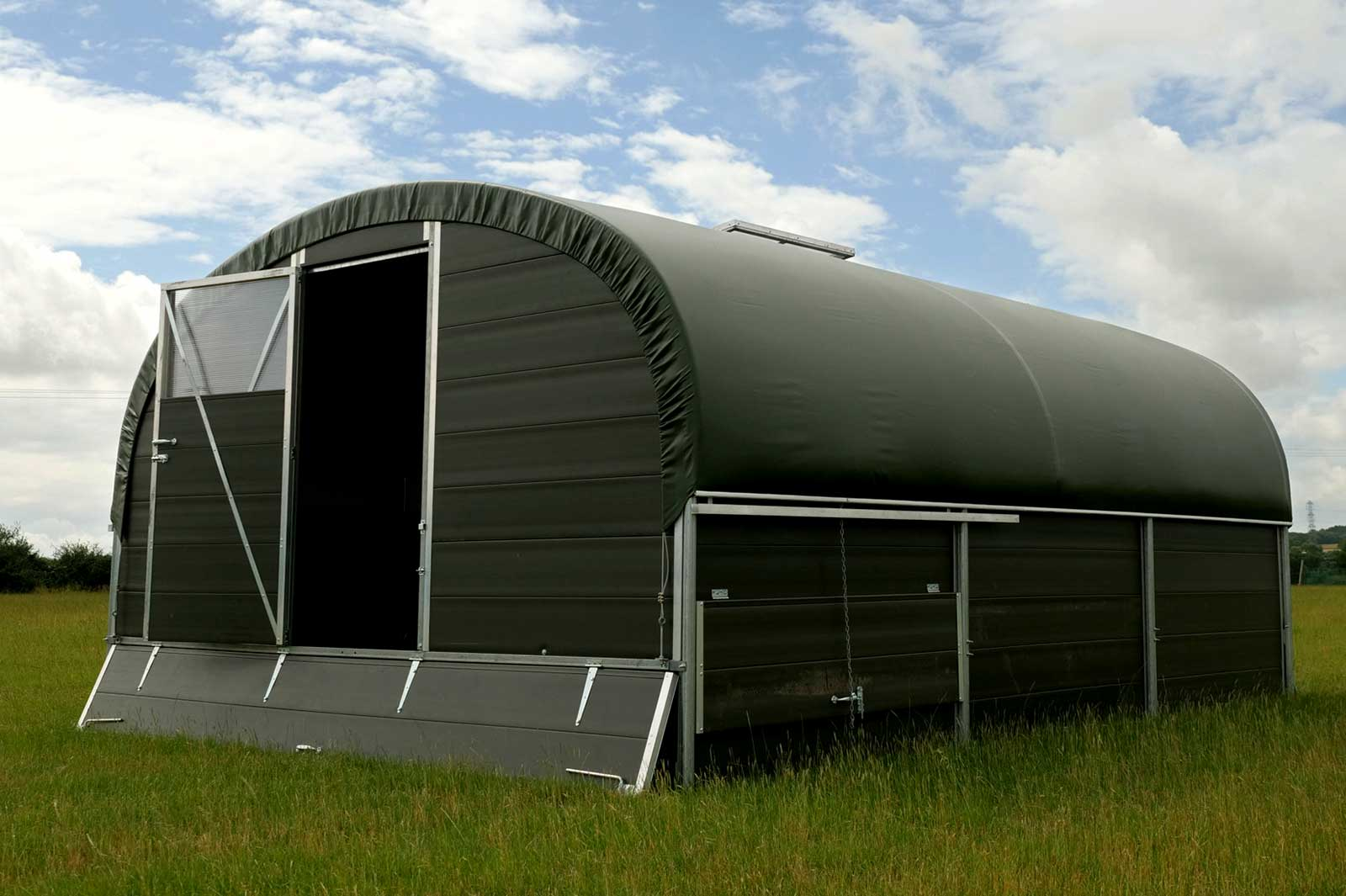 Mobile Chicken Layer House - Agile 4250 - McGregor Polytunnels